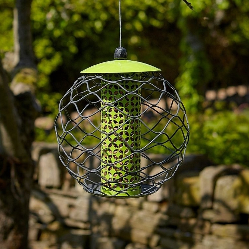 Tom Chambers Squirrel Resistant Sphere Peanut Feeder